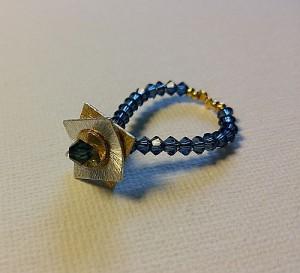 Ring Bicolor mit kleinen blauen Swarovskis